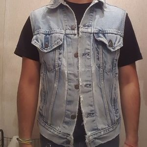 Levi's Jackets & Coats - Extremely Distressed Levi's Vest